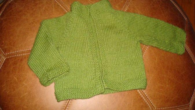 green-baby-cardi-750
